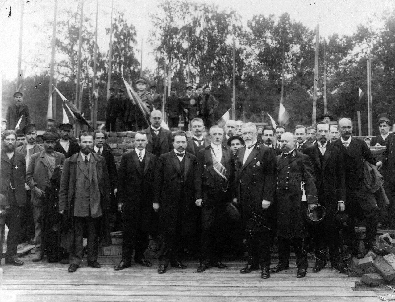 01. Участники закладки нового здания в Ботаническом саду. 1912