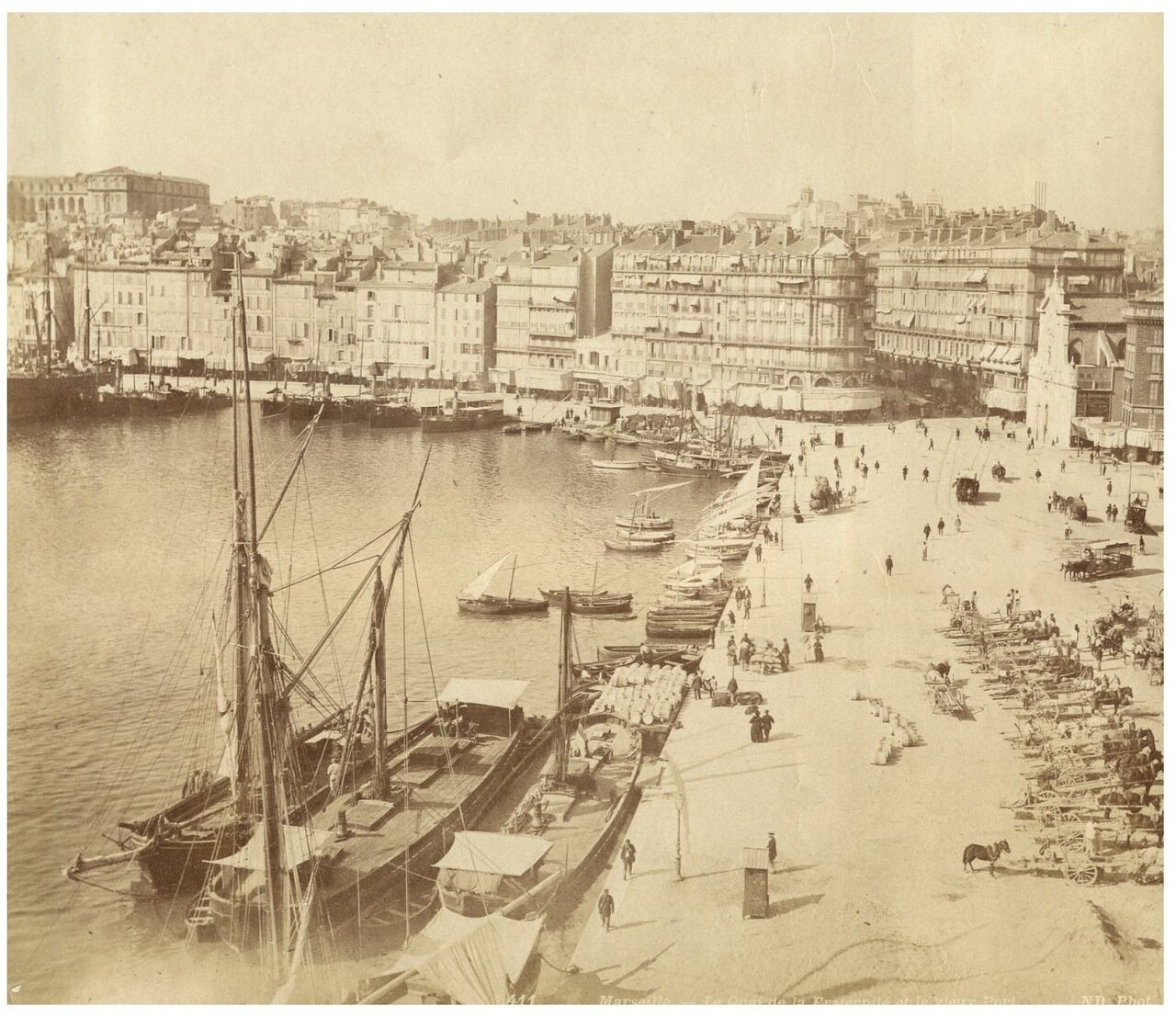 Набережная Фратерните и старый порт