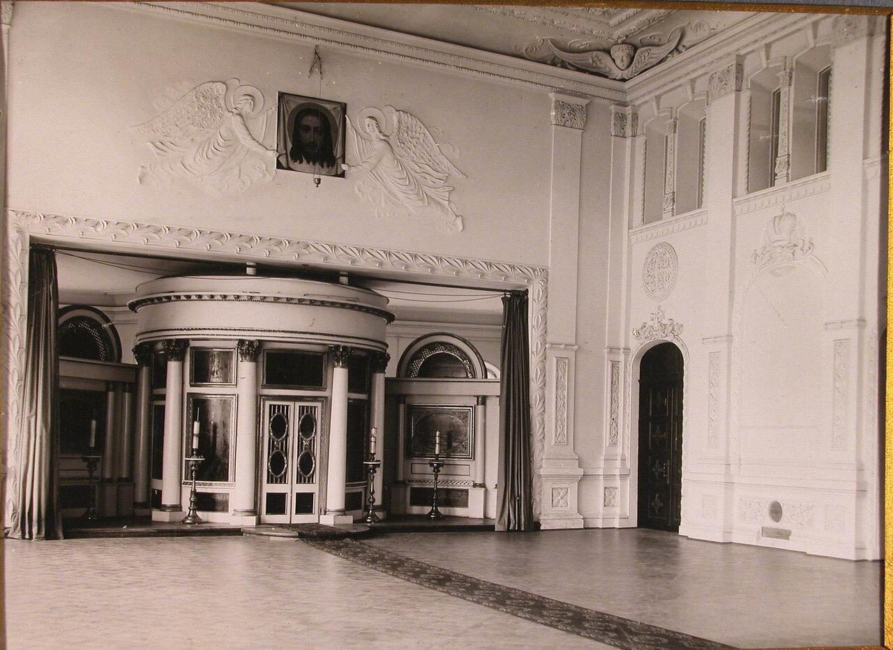 05. Внутренний вид храма Епархиального дома