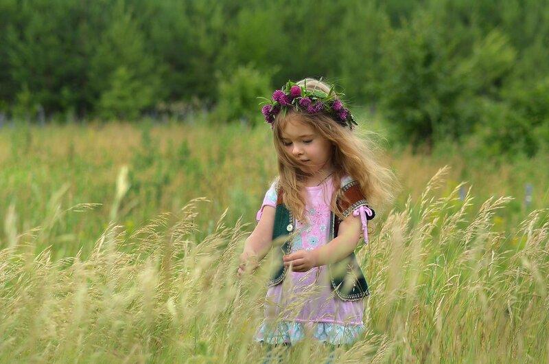 Вышла в поле Поветруля погулять... поиграть