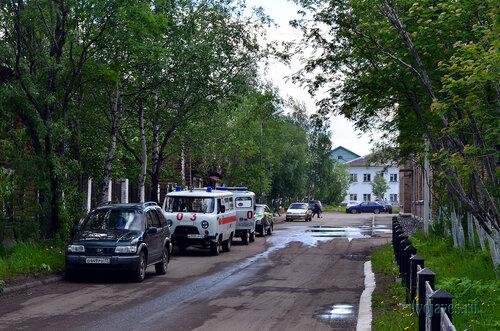 Фото города Инта №6993  Улица Халеева в южном направлении . На аллее
