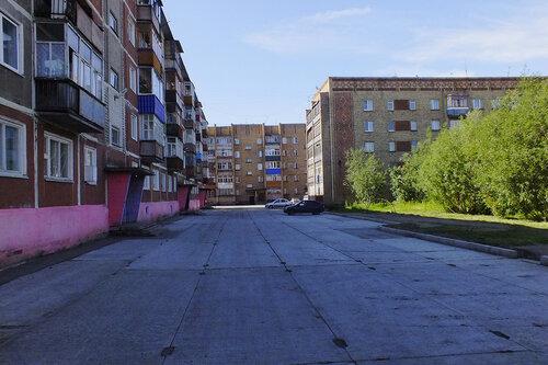 Фото города Инта №7054  Куратова 46, 50 и 52 13.08.2014_11:35