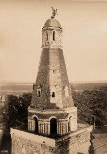 Вид верхней части башни Дуло Симонова Успенского мужского монастыря. Москва г.
