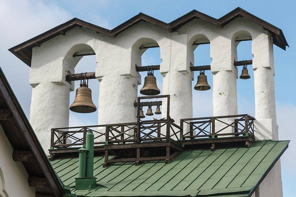 Звонница церкви Богоявления с Запсковья