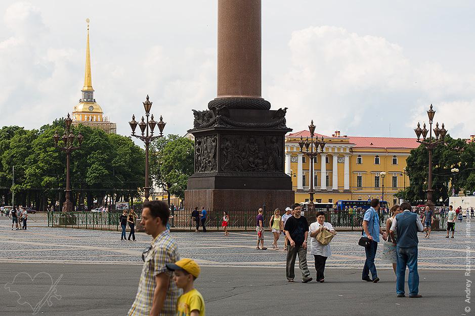 Фонари на Дворцовой площади