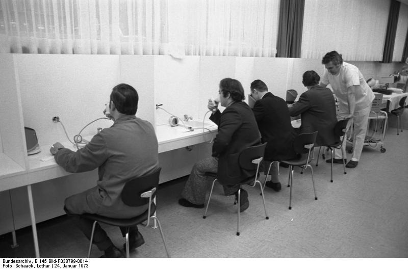Wolfsburg, VW Autowerk, Krankenabteilung