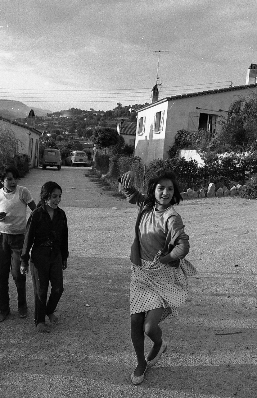 1969. Маленькая цыганская танцовщица в Ле-План-де-Грасе