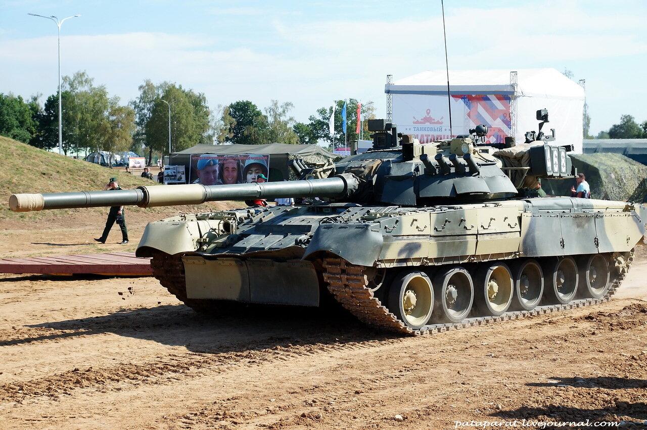 над полем танки грохотали слушать