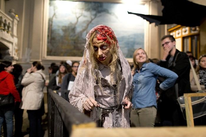 Тыквы и страшные костюмы: мир празднует Хэллоуин 2014 года 0 106abf 4ed8183f orig