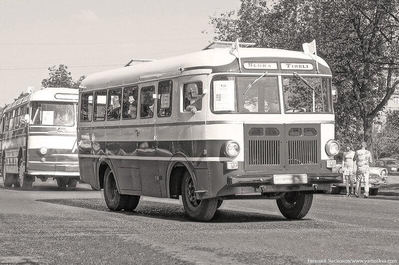 Лето. Парад ретроавтобусов. 09.08.14.48с..jpg