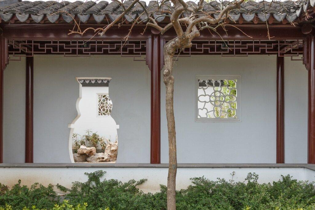 Проемы в стене, парк-выставка садов, Пекин