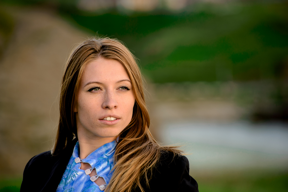 Фото 6. Телеобъектив Nikon 70-300 на полнокадровой зеркалке Nikon D600 красиво рисует портреты (ФР=240, f/5.6, ISO 200). Снято в деревне Нижняя Синячиха