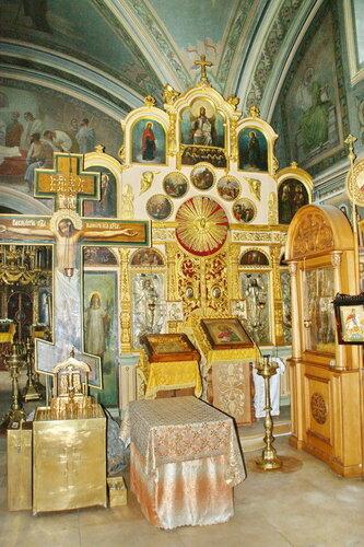 Церковь Успения Пресвятой Богородицы в Шубино. Иконостас правого придела