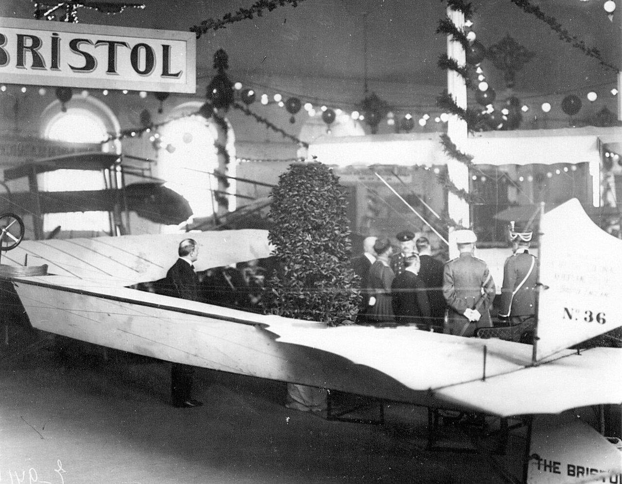 16. Аэроплан №36, сконструированный английской фирмой «Бристоль» - экспонат выставки