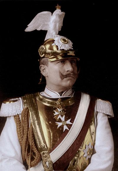 wilhelm_ii_posing_in_uniform_by_kraljaleksandar-d35ycl8.jpg