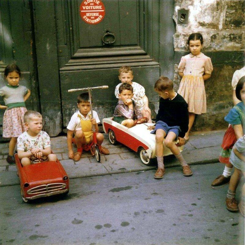 1960 Paris by Jean Jehan.jpg