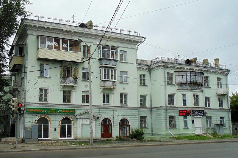 Ул. Блюхера, 51