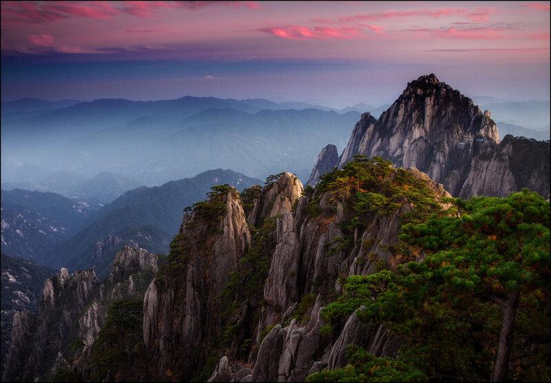 Горная гряда Хуаншань (Желтые горы) в Китае