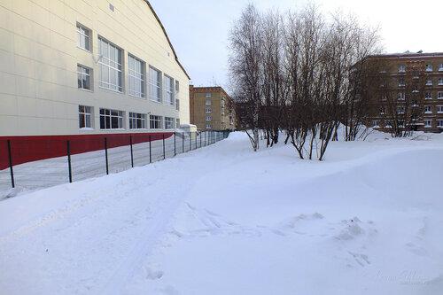 Фото города Инта №7489  Куратова 32 (школа №8), 34 и Воркутинская 6 18.02.2015_14:44