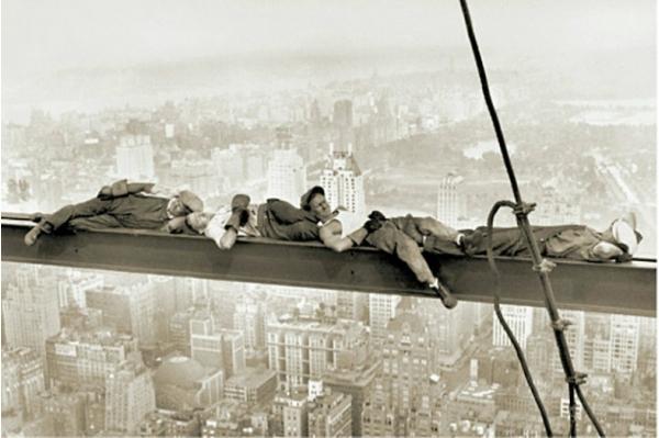 Обед на небоскрёбе / Lunch Atop a Skyscraper — ремейки знаменитой фотографии