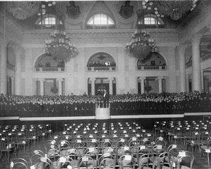 Репетиция хора в зале Дворянского собрания. 1913 г.