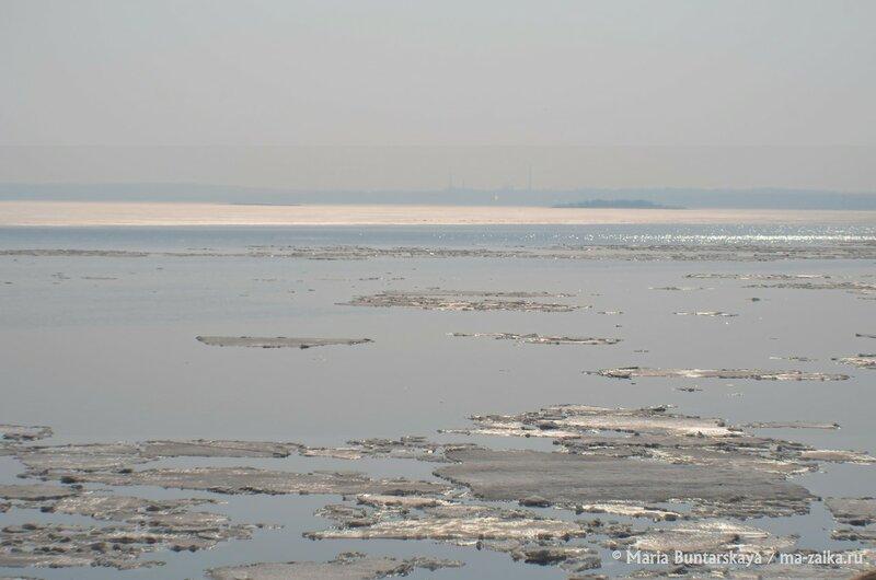 Льды сходят, Саратов, Набережная Космонавтов, 26 марта 2015 года