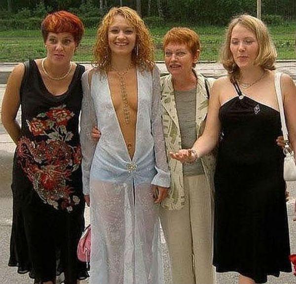 О грамотных выпускных платьях