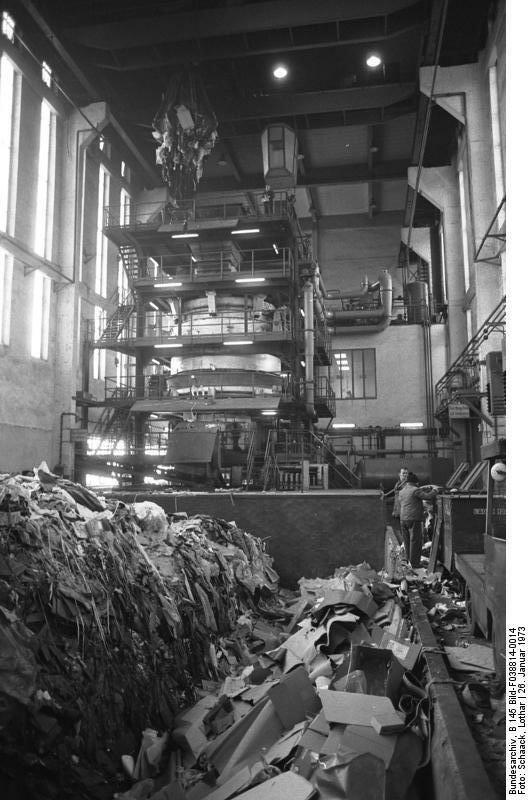 Wolfsburg, VW Autowerk, Mьllverbrennung