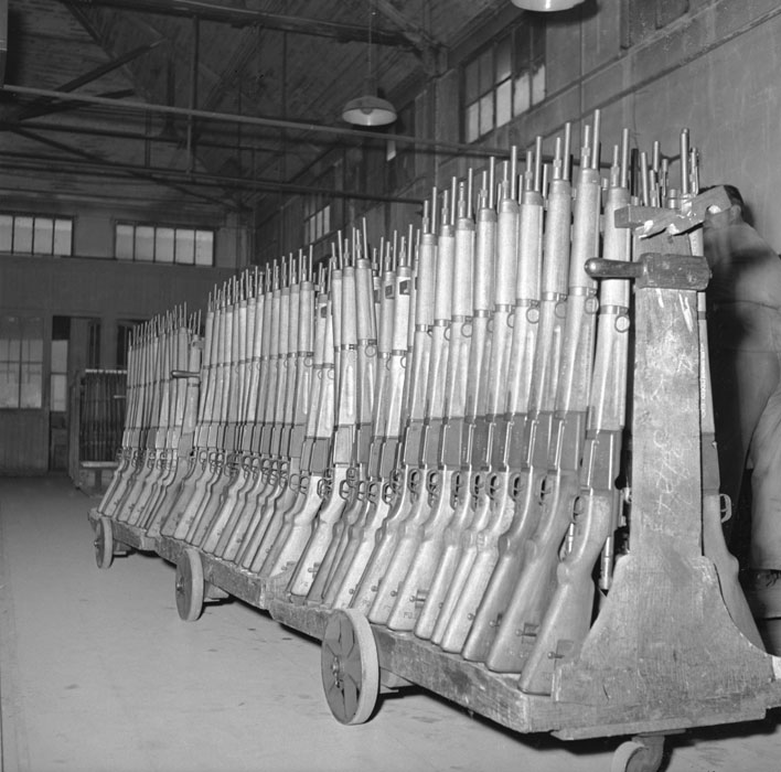 La manufacture nationale d'armes de Saint-Etienne.