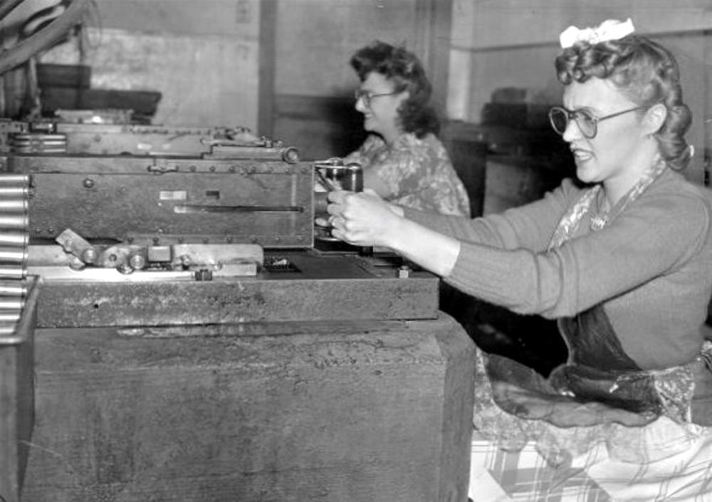 Американские оружейницы - 3 (1942 год)