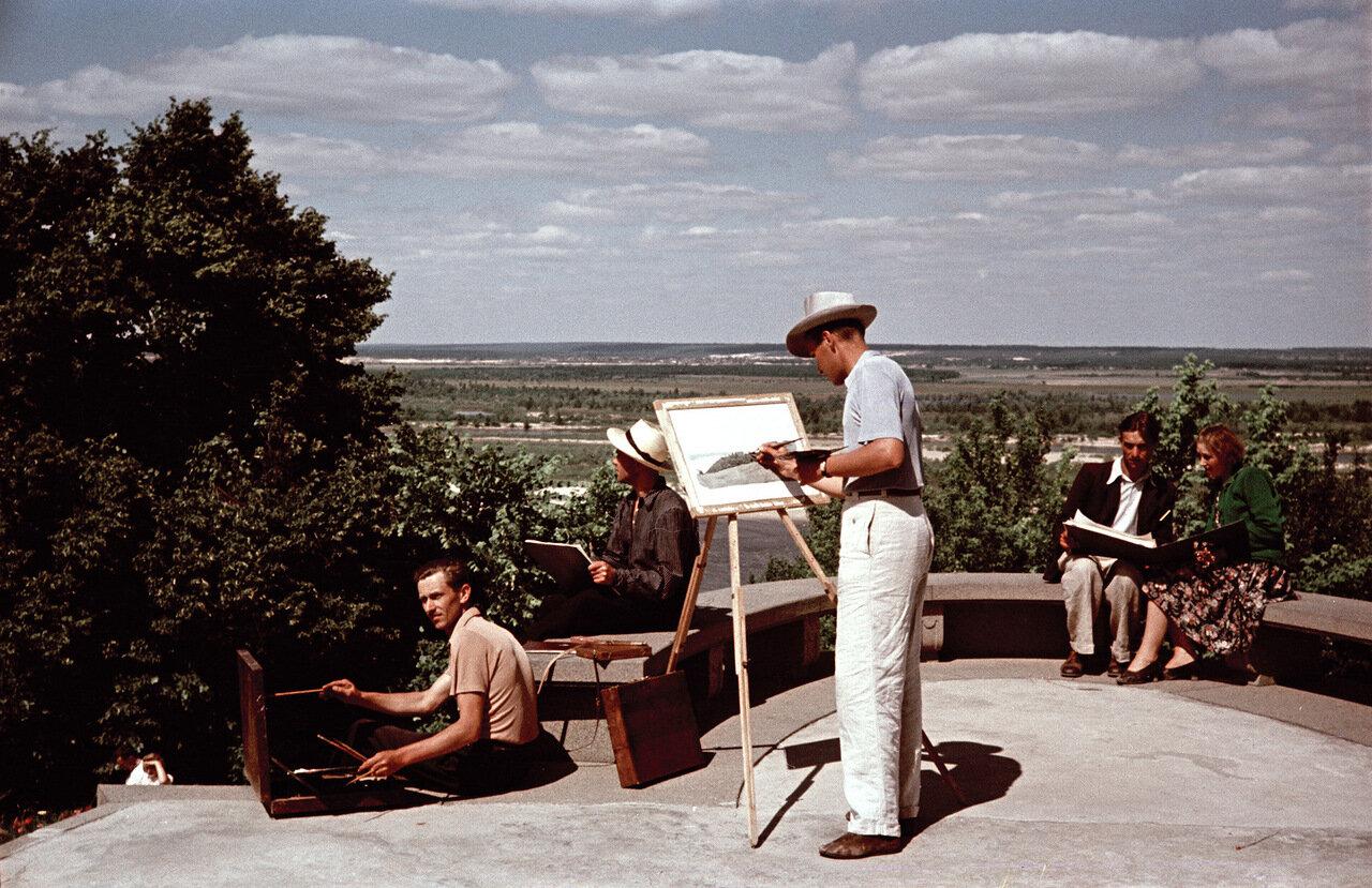Студенты Киевского Института на летнем пленере