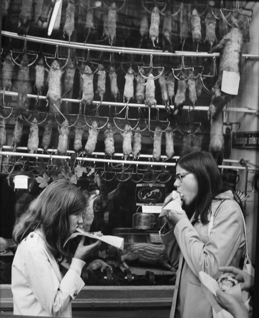 1971. Перерыв на обед. Рю де Ле-Аль