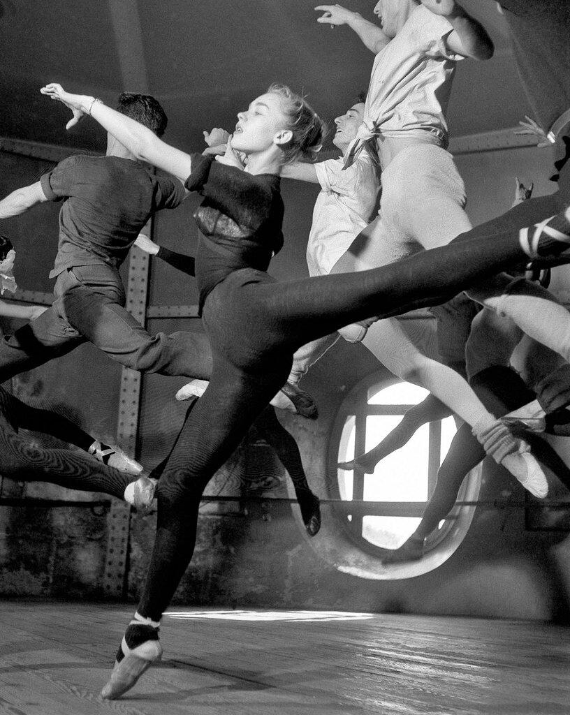 1950. В Школе танцев