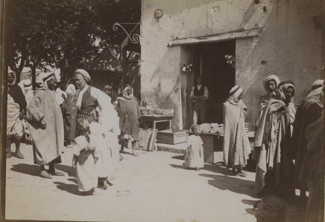 1890. На рынке