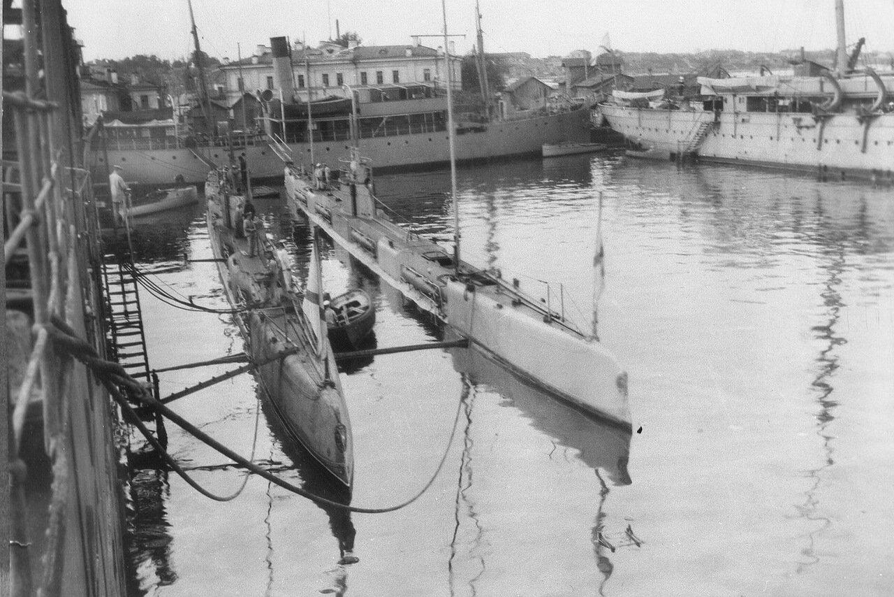 21. Подводные лодки Барс и Гепард
