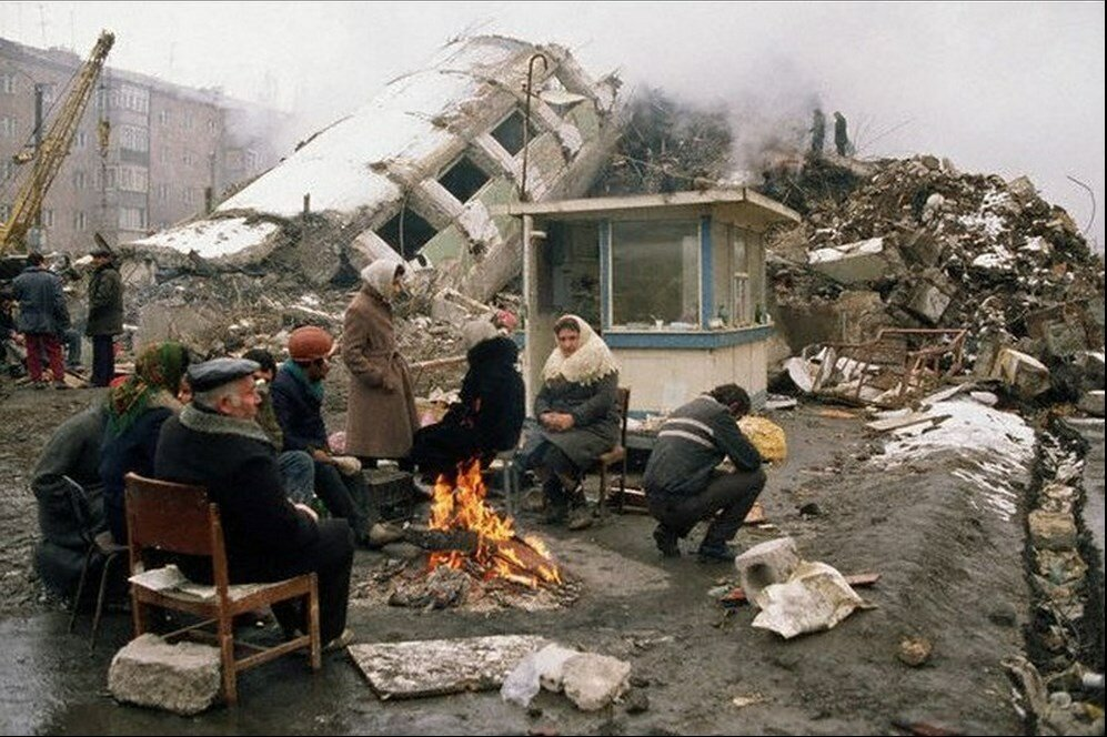 1988. Армения. Выжившие