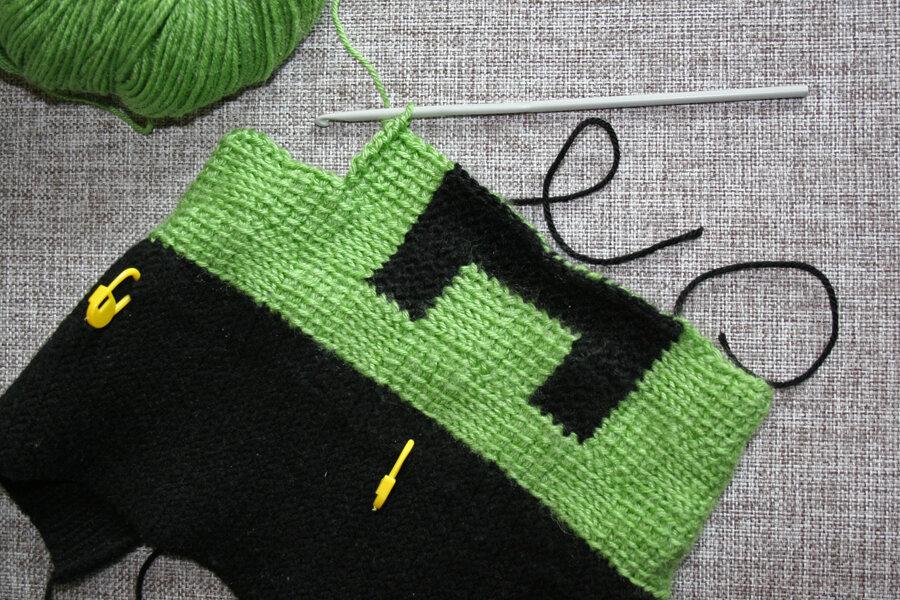 Соединение вязанных полотен с помощью столбиков 54