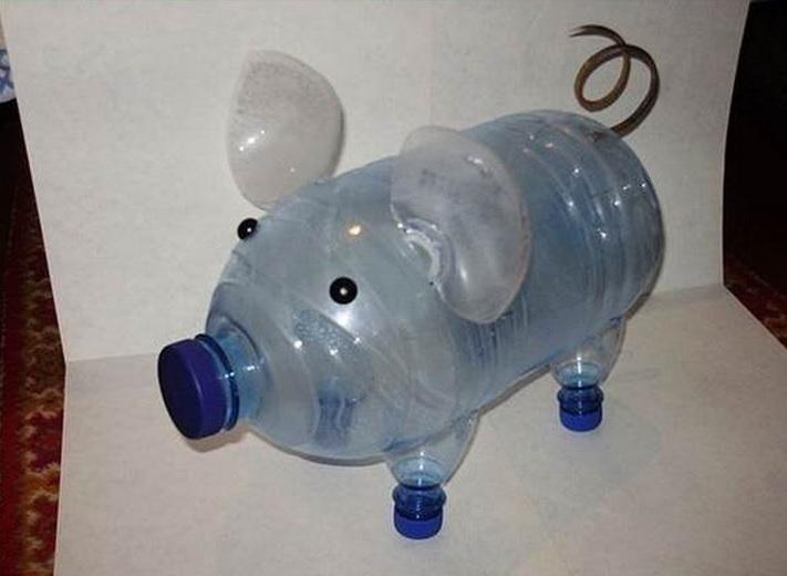 Свинки из пластиковых бутылок своими руками видео