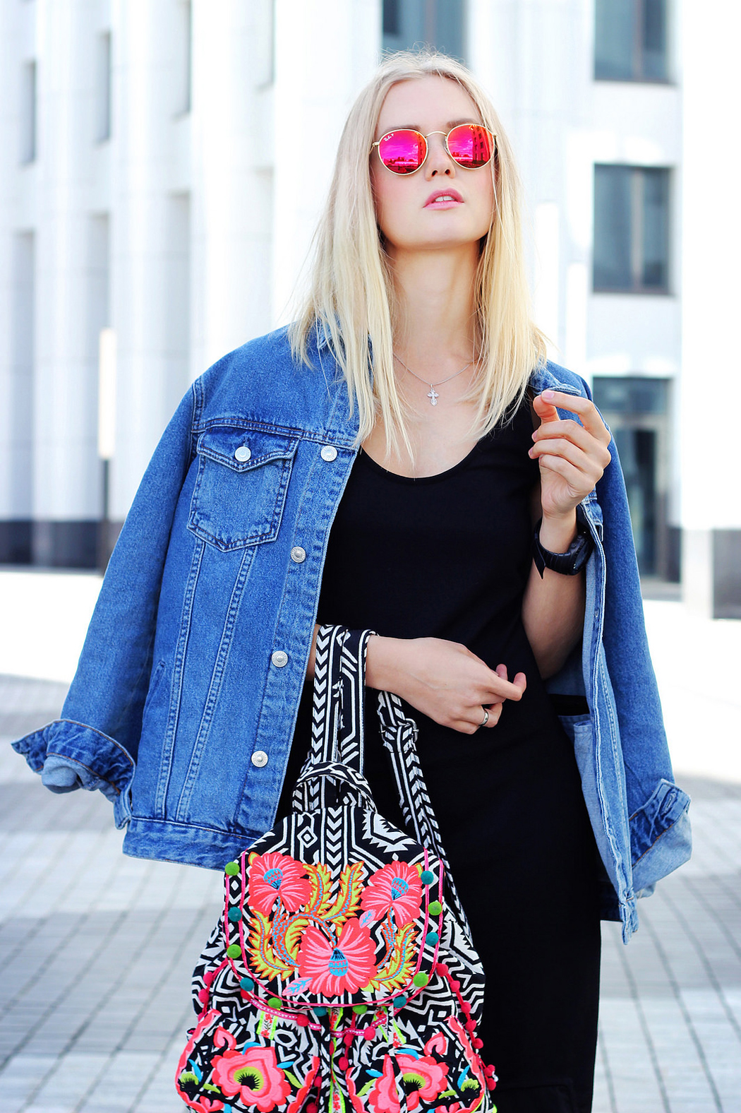 inspiration, streetstyle, autumn outfit, autumn streetstyle, annamidday, top fashion blogger, фэшн блогер, русский блогер, известный блогер, топовый блогер, russian bloger, top russian blogger, streetstyle, streetfashion, russian fashion blogger, blogger, fashion, style, fashionista, модный блогер, российский блогер, ТОП блогер, ootd, lookoftheday, look, популярный блогер, российский модный блогер, annamidday, top russian blogger, summer look, nike, pull&bear, htc, htc one mini 2 review, calvin klein, ray-ban, платье с кроссовками, бойфренд джинсовка, boyfriend denim, asos, dress with backpack, платье с рюкзаком, travel blogger, russian travel blogger, трэвэл блогер