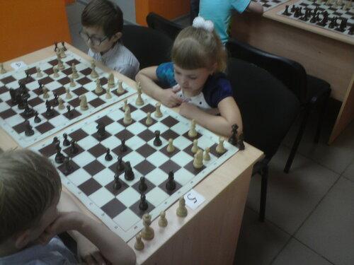 шахматы онлайн турниры играть