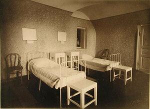 Вид части палаты № 2 (на 2-х раненых)
