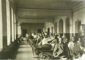 Раненые в палате Покровского этапного лазарета