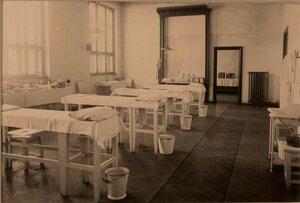 Вид перевязочной комнаты на II этаже госпиталя.
