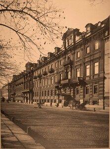 Вид здания, где размещается лазарет (Конногвардейский бульвар, 17).
