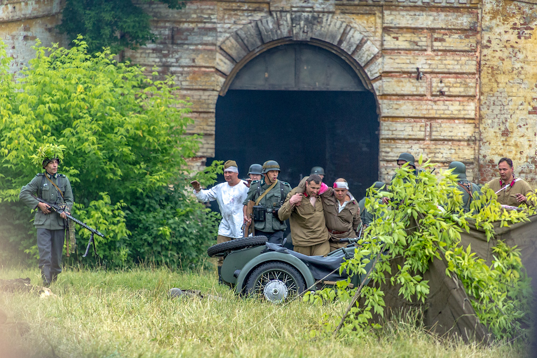 Прогулка с дилетантом: реконструкция боёв 22 июня в Брестской крепости