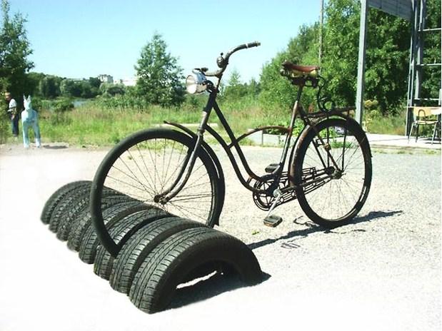 Велопарковка из автомобильных покрышек