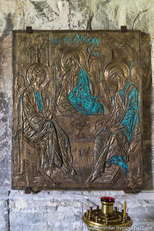 Икона Троица в серерной галерее храма Преображения