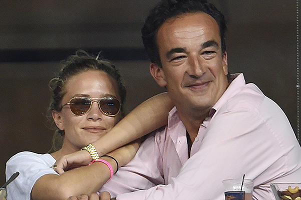 Олсен и Саркози вступили в законный брак