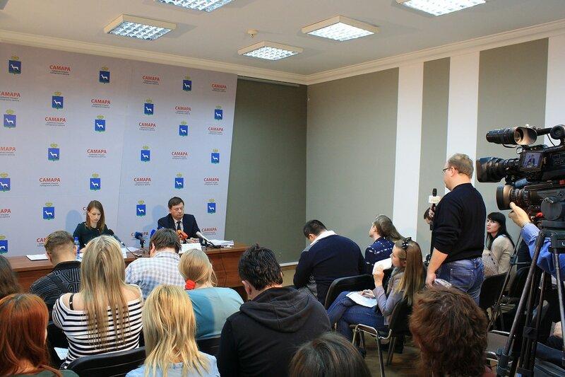Пррессконференция Фурсова и Пенсионный фонд 095.JPG