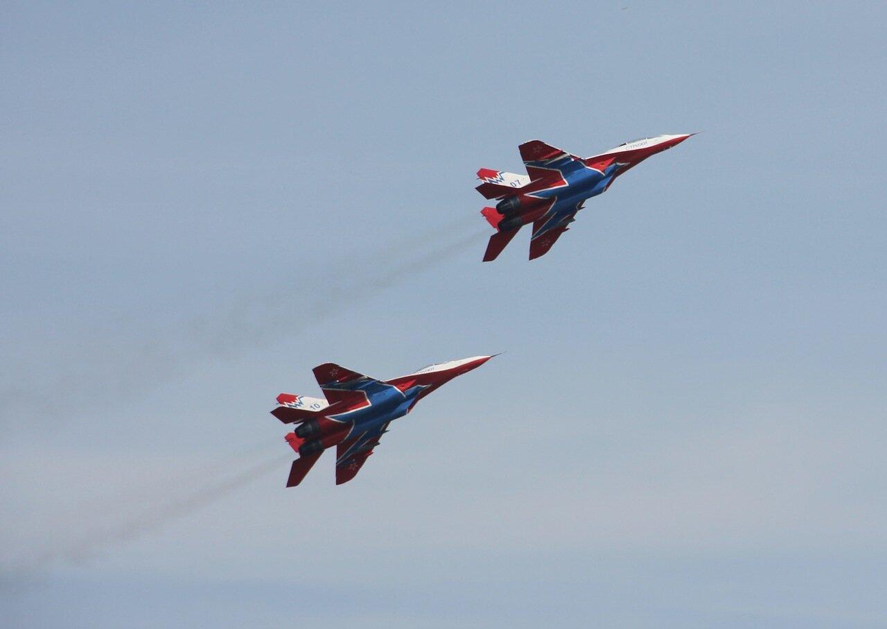 Пилотажная группа ″Стрижи″ (Кубинка): взлёт парой (15.08.2014)